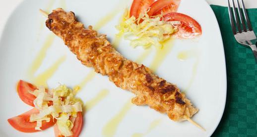 Spiedini di pollo marinati alla paprika