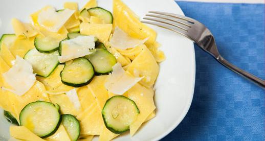 Maltagliati alle zucchine con scaglie di grana